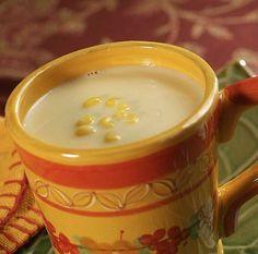 El atol de elote es una de las delicias de la gastronomía guatemalteca. El atol de elote es una bebida ancestral, hecha a base de maíz y de un sabor único y exquisito. Para los Mayas el maíz era u...