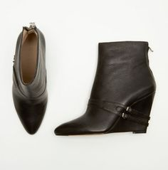 ELIZABETH AND JAMES REILY BOOT