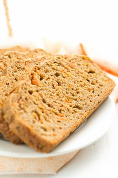 Healthy Carrot Cake Breakfast Loaf for an easy Easter brunch recipe