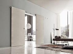 Multy sliding doors: discover all the solutions Interior Windows, Interior Barn Doors, Room Interior, Wooden Sliding Doors, Pivot Doors, Diy Barn Door, Steel Doors, Closet Doors, Door Design