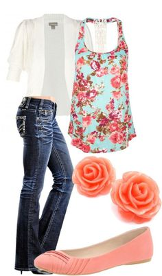 This combo definitely fits my style. I wear lots of flats and like this particular floral pattern