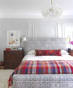 24 Minimalist Bedroom Decorating Ideas - 24 Minimalist Bedroom Decorating Ideas Amongst several styles of bedroom decoration, modern designs have attracted big attention. They often come with sleek, simple, yet clean impression. Gray Bedroom, Trendy Bedroom, Bedroom Wall, Bedroom Decor, Bed Room, Bedroom Ideas, Feminine Bedroom, Single Bedroom, Master Bedrooms