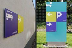 Sinalização QVC Alemanha | Núcleo de Design Gráfico Ambiental - NDGA
