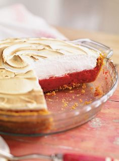 Discover recipes, home ideas, style inspiration and other ideas to try. Strawberry Meringue, Strawberry Cream Pies, Strawberry Rhubarb Pie, Lemon Meringue Pie, Meringue Kisses, Italian Meringue, Strawberry Patch, Gourmet Recipes, Baking Recipes