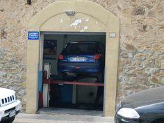 garage ;-)