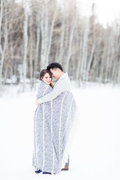Photography : Koman Photography Read More on SMP: http://www.stylemepretty.com/little-black-book-blog/2015/03/04/vintage-winter-wonderland-wedding-inspiration/