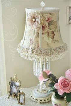 6 Impressive Tips Can Change Your Life: Lamp Shades Ideas Peter Pan lamp shades vintage shabby chic. Shabby Chic Style, Estilo Shabby Chic, Romantic Shabby Chic, Shabby Chic Cottage, Shabby Chic Lighting, Shabby Chic Lamp Shades, Rustic Lamp Shades, Shabby Chic Interiors, Shabby Chic Bedrooms