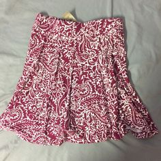 LOFT adorable red skirt  An adorable skirt by Ann Taylor LOFT in great condition LOFT Skirts