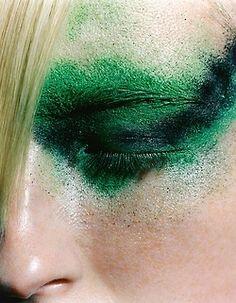 CHAMELEON VISUAL LTD #greeny #green #makeup