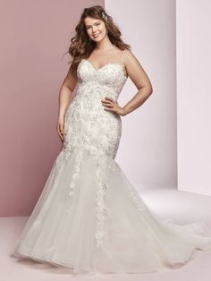 84c3a829635b6 Plus size wedding dresses for girls with curves  weddingdresses  plussizeweddingdresses  Wedding Dresses Plus Size