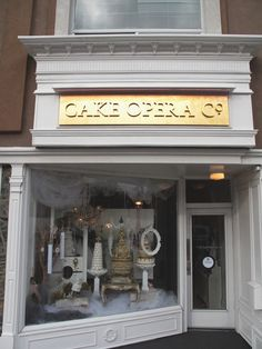 23 vintage bakery shop store fronts window displays - Savvy Ways About Things Can Teach Us Cake Shop Interior, Shop Interior Design, Store Design, Bakery Store, Bakery Display, Store Front Windows, Vintage Bakery, Shop Fronts, Shop Front Design