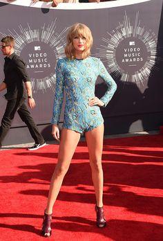 Taylor Swift leggy ts