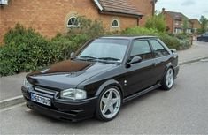 Ford Rs, Car Ford, 1990s Cars, Ford Escort, Bmw E30, Cars And Motorcycles, Classic Cars, Truck, Golf