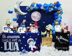 Incrível essa festa com o tema Astronauta! Rocket Birthday Parties, Birthday Party Decorations, Space Baby Shower, Astronaut Party, Outer Space Party, Boy Birthday, Clear Balloons, Garland Ideas, Moon