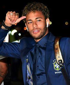 Like A Model: Neymar da Silva Santos Júnior- The Brazilian Magician Neymar Jr, Neymar Football, Neymar Brazil, Barcelona Soccer, Fc Barcelona, Soccer Girl Problems, Manchester United Soccer, Soccer Quotes, Soccer World