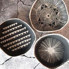 Ok...so here is some more #carving #porcelaine #crafters #handmadepottery #handmadeceramics #homewares #homeinspiration #homeliving #homeaccent #homedecore #interiordesign #artandcrafts #artgalery #contemporyart #crafts #crafters #seeksimplicity #craftsman #provenciallife #makeyousmilestyle #ceramicstudio #ceramique #keramika #keramikk #stoneware #ceramicartist #livethelittlethings #momentsofmine #clay