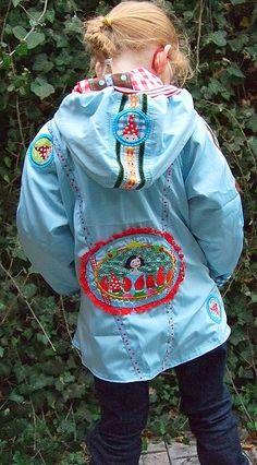 Kinderjacke selber nähen, de 6 belangrijkste jassentips van Farbenmix Mantel, Rain Jacket, Windbreaker, Raincoat, Sewing, Jackets, Tutorials, Inspiration, Style
