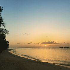 Sunrise at Jumeirah Dhevanafushi #jumeirahdhevanafushi #jumeirah #sunrise #sea #ocean #indianocean #maldives #morning #vacation #adventure #summer #bestvacations #luxury by jumeirahdhevanafushi http://bit.ly/AdventureAustralia