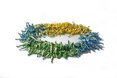 necklace by Lisa Walker  http://www.lisawalker.de/images/pieces10/legs.jpg