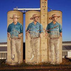 """Fintan Magee, """"The Water Diviner"""" in Barraba, Australia, 2019 Murals Street Art, Graffiti Art, Art Mural, Banksy, Art Du Monde, Pavement Art, Urban Painting, Barn Art, Country Art"""