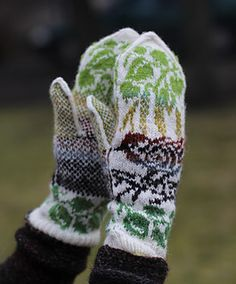 This is definitely a spring-spirited design. It features a sparrow on a birch tree. Can be knitted in any other colors not found in nature, see the very last photo )).