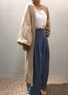 Vintage Outfits Discover Oversized plain trech coat Minimal trench coat S/S slouchy linen robe cardigan Hip Hop Outfits, Mode Outfits, Fashion Outfits, Fashion Days, Normcore Fashion, Fashion Men, Diy Fashion, Fashion Clothes, Everyday Fashion