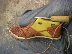 – My First Huarache Design Leather Weaving, Leather Tooling, Leather Craft, Make Your Own Shoes, How To Make Shoes, Sock Shoes, Shoe Boots, Shoe Pattern, Leather Projects