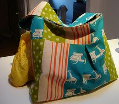tutorials for making fabric bags.