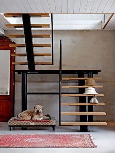 Escada de Madeira ideias no link  e + https://br.pinterest.com/explore/escadarias/?lp=true