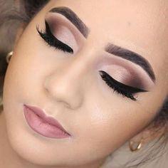 Discover These Makeup Techniques Image 3064 Entdecken Sie diese Make-up-Techniken Image 3064 Wedding Eye Makeup, Bridal Hair And Makeup, Makeup For Brides, Formal Eye Makeup, Neutral Eye Makeup, Smokey Eye Makeup, Eyeshadow Makeup, Easy Eyeshadow, Brown Eyeshadow