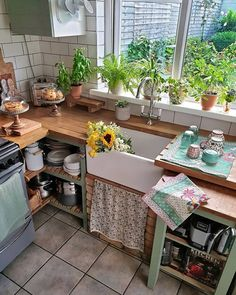 Elegant Bohemian Kitchen Decor Designs: Finding best and perfect renovation kitchen idea is much an intricate task for some of the people. Interior Decorating, Interior Design, Apartments Decorating, Decorating Bedrooms, Bedroom Decor, Decorating Ideas, Creation Deco, Cute Kitchen, Cuisines Design