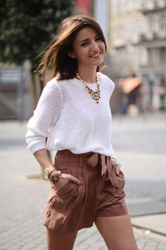 Dressy Shorts - The Perfect Summer Staple for Day or Night Source by effiemos shorts outfits Trendy Summer Outfits, Short Outfits, Cute Outfits, Casual Summer, Elegante Shorts, Shorts Casual, High Wasted Shorts Outfit, Brown Shorts Outfit, Formal Shorts