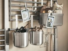 The wall storage system KUNGSFORS saves kitchen drawer and countertop space. Add all the shelves, hooks and containers you need. Kitchen Wall Storage, Kitchen Drawers, Ikea Kitchen, Kitchen Shelves, Kitchen Appliances, Storage Baskets, Storage Shelves, Shelving, Camping Bedarf