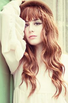 I am dyyyying to try these bangs!