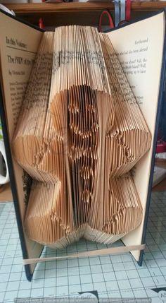 PATTERN gingerbread man book folding pattern. 250 folds