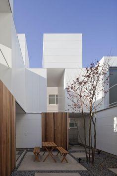 BE-FUN DESIGN ksg 3 maisonette + 1 house . setagaya