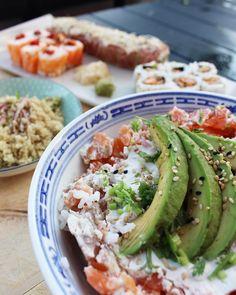 Chirashi  et cuisine Nikkei  chez @cotesushi_france  .  -10% avec le code promo : PINTADE10 . .  Restaurant  Spécialités japonaises ET péruviennes  .  offre valable partout en France  . .  _____________ #cotesushi #sushi #japanfood #peruvianfood #blogfood #foodblog #pintademontpellier #montpellier #instafood #foodlover #soup #miso #ceviche #maki #california #nikkei #nikkeifromperu #salmon  #cotesushimontpellier #nikkeifood #codepromo #nikkeiisthenewfood