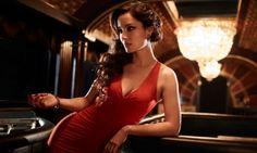 'Skyfall' Bond girl Berenice Marlohe introduces a teaser video to Heineken's new 'Crack The Case' promotion Casino Royale Theme, Casino Theme Parties, Party Themes, Skyfall, Daniel Craig, Scarlett O'hara, Casino Dress, Casino Outfit, Berenice Marlohe