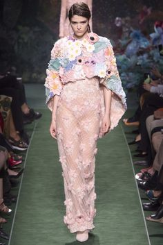Trend Report: Fall 2017 Couture Overview