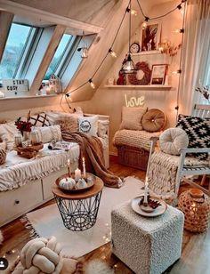 Dorm Room Designs, Teen Bedroom Designs, Room Design Bedroom, Room Ideas Bedroom, Small Room Bedroom, Chill Room, Cozy Room, Cute Bedroom Decor, Dream Rooms