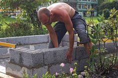 Guide bygga växthus Outdoor Life, Outdoor Gardens, Patio Pond, Greenhouse Shed, Backyard Buildings, Green Garden, Outdoor Landscaping, Garden Accessories, Water Garden