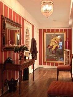 Cheer Up an Entryway with Vertical Stripes