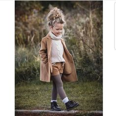 Mantel Pullover Shorts Strumpfhosen Herbst Beige Strickwaren - The most beautiful children's fashion products Little Girl Outfits, Little Girl Fashion, Toddler Girl Outfits, Toddler Fashion, Fashion Kids, Cute Kids Outfits, Toddler Fall Outfits Girl, Toddler Thanksgiving Outfit Girl, Toddler Girl Clothing