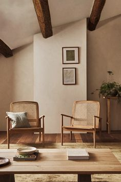 Zara Home Interiors, Rattan Armchair, Rattan Chairs, Armchairs, Interior Desing, Welcome To My House, Living Room Chairs, Decoration, Home And Living