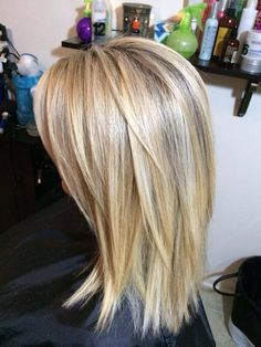 This blonde - All For Hairstyles Medium Layered Hair, Medium Hair Cuts, Medium Hair Styles, Short Hair Styles, Mid Length Hair, Shoulder Length Hair, Balayage Hair Blonde Medium, Haircuts For Medium Hair, Hair Color And Cut