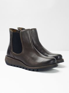 These leather Chelsea boots by Fly have elastic gussets so you can easily pull on and a cleated rubber wedge sole for a touch of comfy and doable everyday height. Leather Chelsea Boots, White Stuff, Shoe Brands, Sale Items, Diesel, Ankle Boots, Footwear, Wedges, Project 333