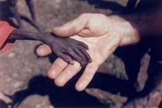 Un niño hambriento y un misionero