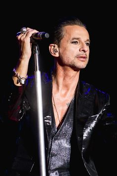 Dave Gahan of Depeche Mode at ACL photo by Tim  Griffin