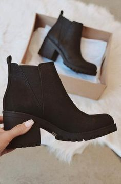 Crazy Shoes, Me Too Shoes, Women's Shoes, Shoe Boots, Cute Shoes Boots, Cute Casual Shoes, Asos Shoes, Casual Boots, Golf Shoes