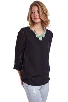 V neck shirt with brocade slevees